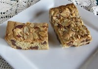 Toasted Almond Chocolate Chip Bars
