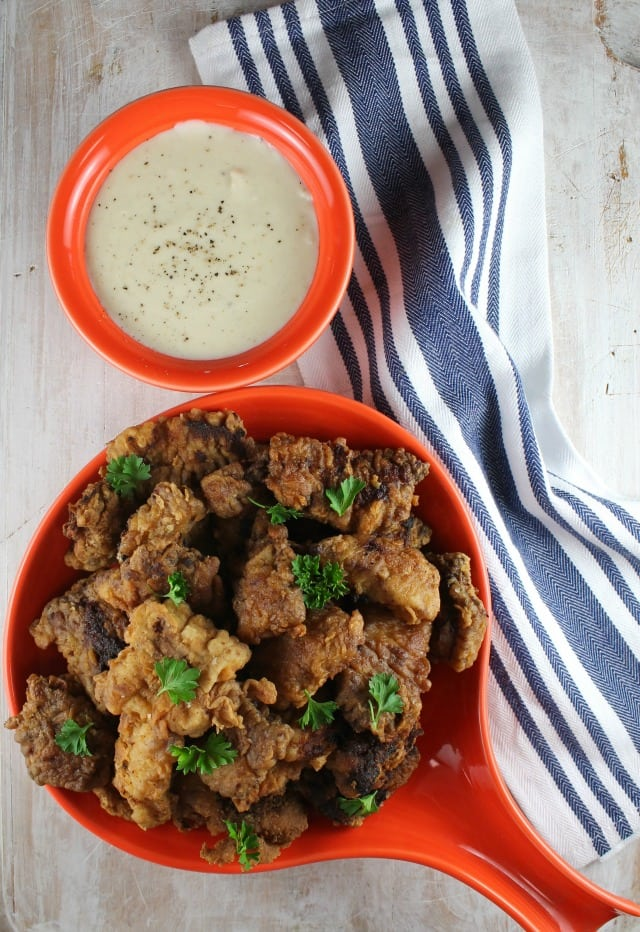 Chicken Fried Steak Bites with Country Gravy for a great comfort food dinner ~ MissintheKitchen.com