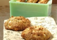 Oatmeal Cookies with White Chocolate & Cashews