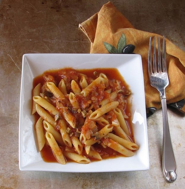 6341474195 db751cd286 z Virtual Potluck: Penne with Mushroom Sauce