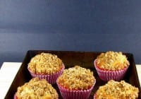 Butter Muffins with Biscoff-Oat Crumble Topping