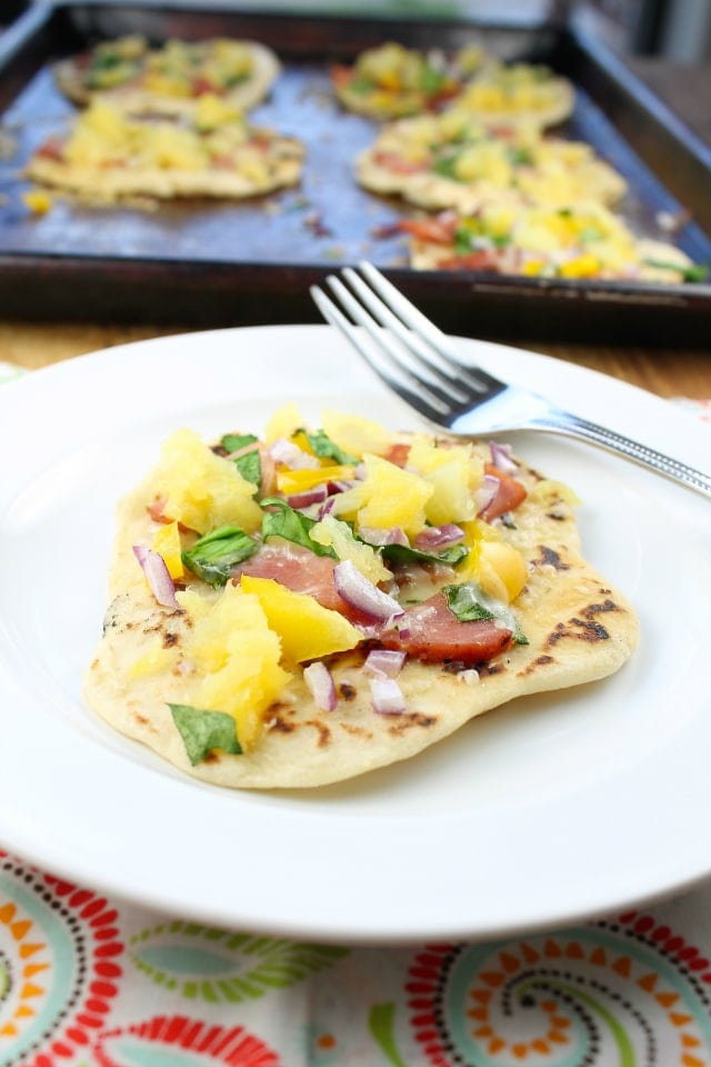 Hawaiian Ham Flatbreads Recipe