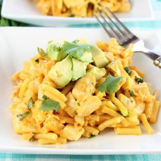 Quick and Easy Tex-Mex Chicken Mac and Cheese Recipe from Miss in the Kitchen