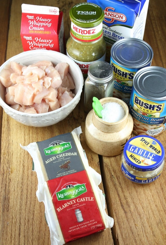 Cheesy Chicken Chili Ingredients from missinthekitchen.com