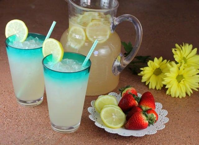 Sarasota Lemonade Cocktail ~ Recipe found at MissintheKitchen.com