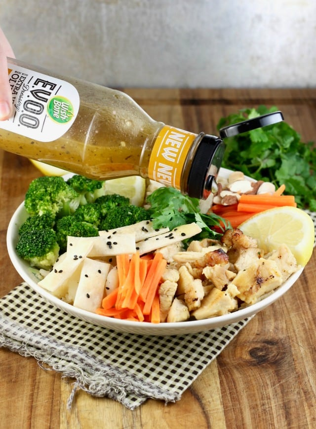 You will love this Quick Lemon Chicken Broccoli Bowls Recipe from Miss in the Kitchen with Tyson & Wish-Bone #ad