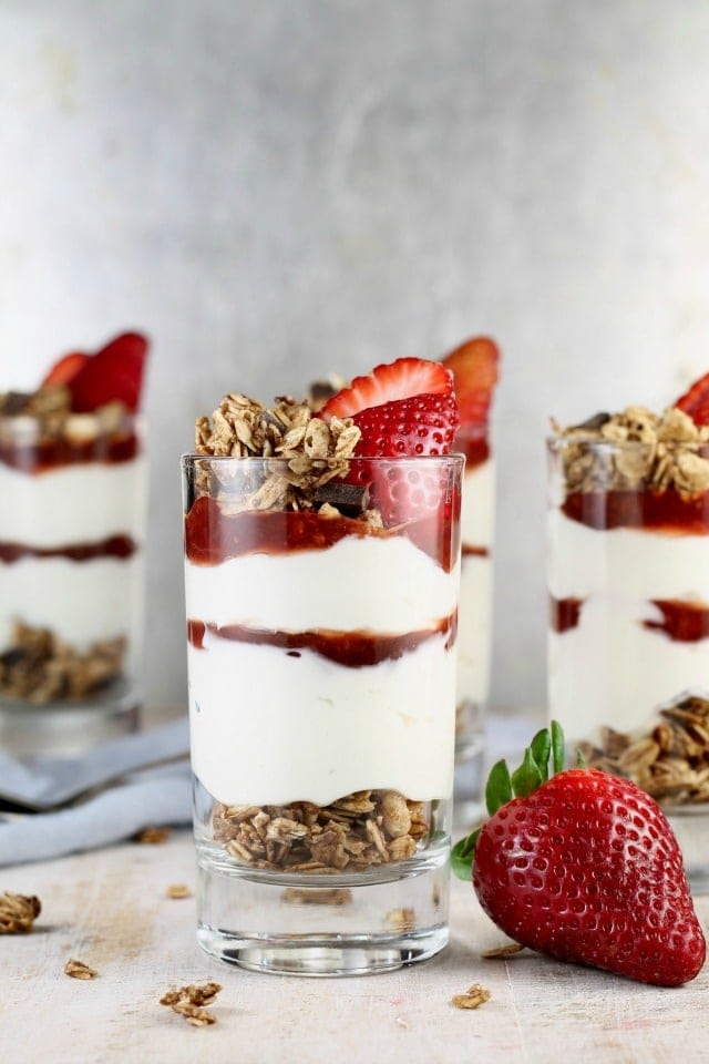 Strawberry Cheesecake Breakfast Parfaits Recipe ~ MissintheKitchen.com #ad