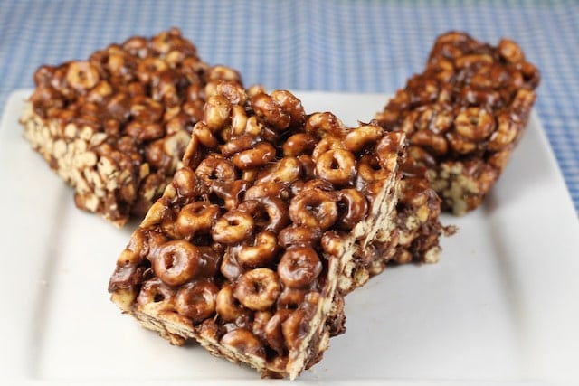 Chocolate Peanut Butter Cereal Bars Recipe from MissintheKtichen.com
