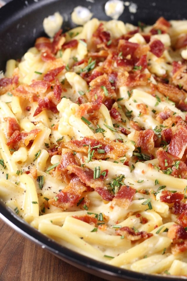 Bacon White Cheddar Pasta Recipe | MissintheKitchen.com