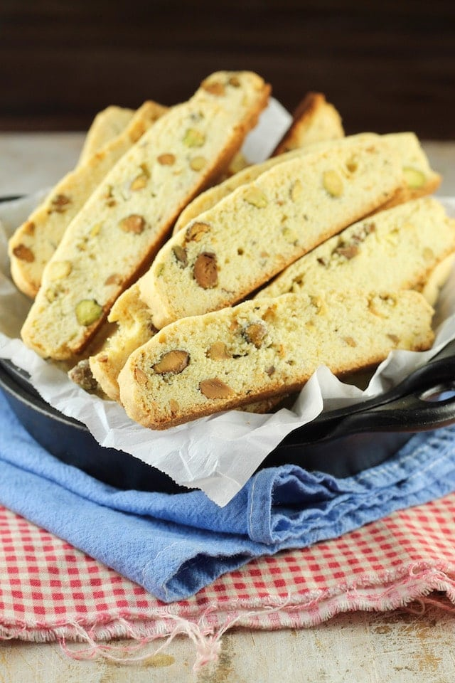 Recipe for Lemon Pistachio Biscotti ~ MissintheKitchen.com #cookies #holiday