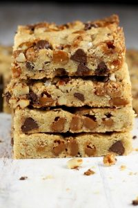 Stacked-Salted-Carmel-Cookie Bars