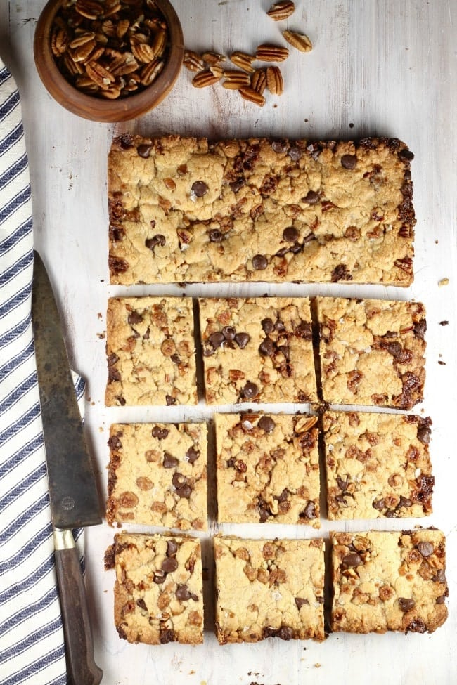 Salted-Caramel-Cookie-Bars-with-Knife-Cut-into-squares