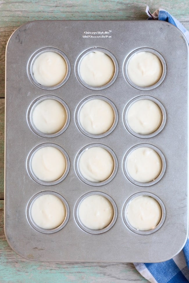 Filling for Mini Cherry Cheesecakes in mini cheesecake pan